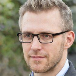 Billy B Thomas Marketing / data analyst Successful entrepreneur International communications